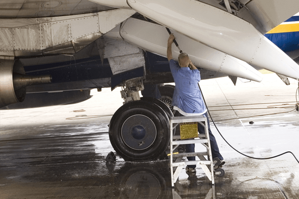 Commercial Airplane Detailing